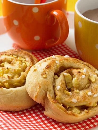 Apple Cinnamon Rolls - Healthy Breakfast for Kids